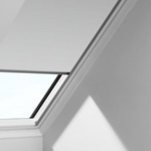 VELUX DKL MANUAL BLOCKOUT M04 780x980-0